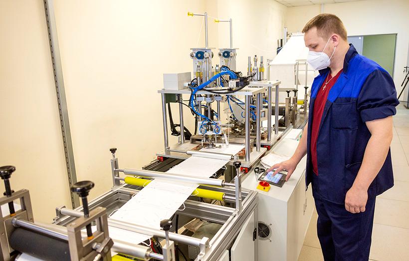 «КАМАЗ» завершает монтаж второй линии по производству респираторов